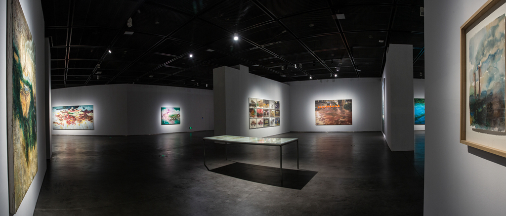 04 Exhibition View.jpg