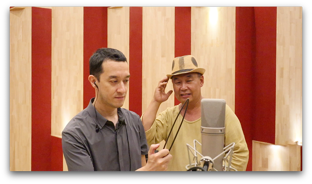 9 Mr. Colin Siyuan Chinnerydid recording with Along, a collector of old Beijing items in 2018, Screenshot.jpg