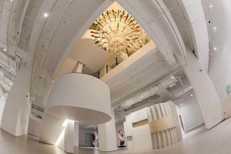 07-1 Interior View of An Art Museum.jpg